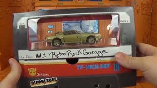 SDCC Transformers Bumblebee VOL. 1 Retro Rock Garage Studio Series 19 Review