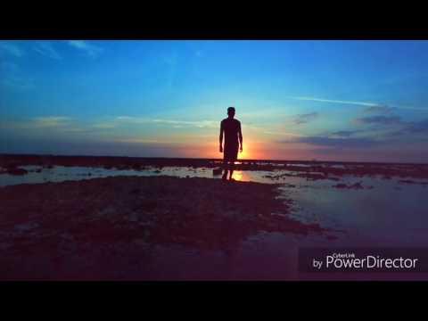Kelopak Cinta Di Ujung Senja - Cover By Derizal