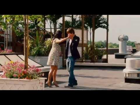 """Le clip exclusif """"Can I have this dance"""" spécialement dédicacé pour les fans... Zac et Vanessa interprète cette danse pour le plaisir de vos yeux."""