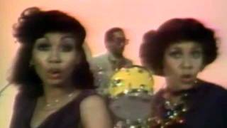 Watch Chic Le Freak video