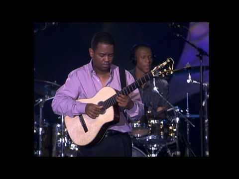 Earl Klugh - Whispers And Promises video