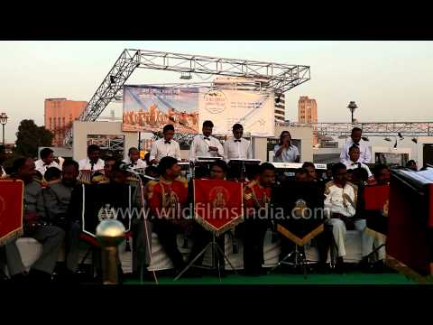 Ek din teri rahon me by Indian police band