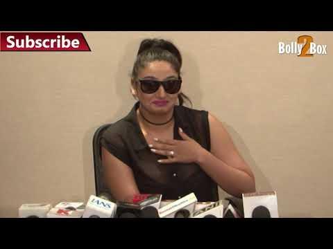 Naughty Cameraman Leaked Ragini Dwivedi Wardrobe Malfunction
