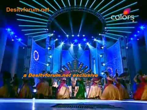 Apsara Awards 2011 - Priyanka Chopra - Darling