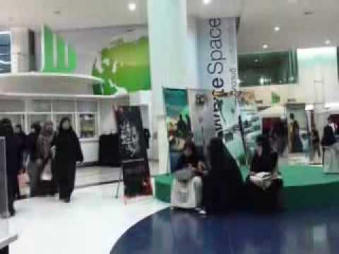 Niqab women in Thailand :- Bangkok muslim