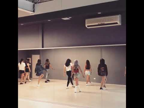 Download BLACKPINK LISA SOLO - SWALLA DANCE COVER PRACTICE Mp4 baru