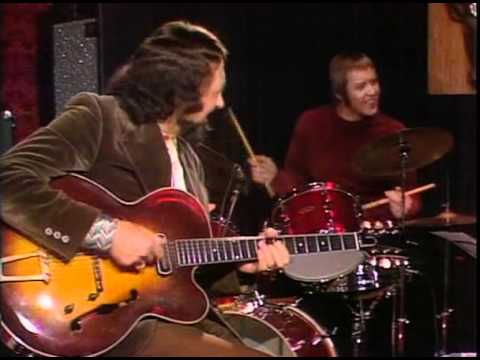 Barney.Kessel.-.Basies.Blues.(1973).avi