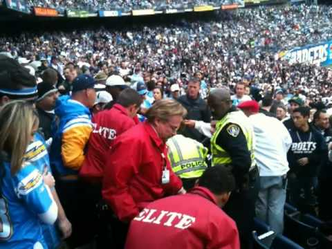 Raiders Chargers Fans Ejected, Raiders Fighting