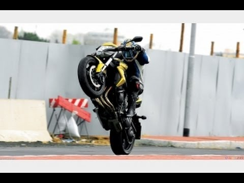 CB1000R Action Ride 2013. Motorbike. Revi