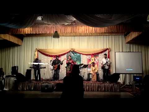 Valobashi Tai Valobeshe Jai  ( Live ) - Palbasha Siddique Ft Tritone Paradox video