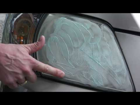 Restoring yellow head lights with toothpaste! CRAZY!