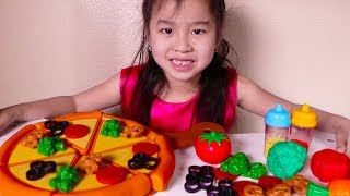 Jannie & Uncle Pretend Play with Toy Pizza Velcro Playset