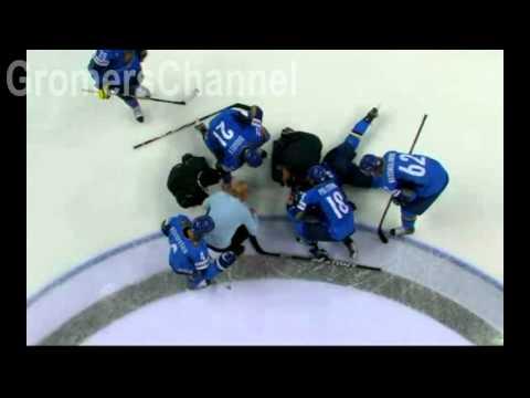 Саша Трей нокаутирует Романа Старченко, (Hockey hit)