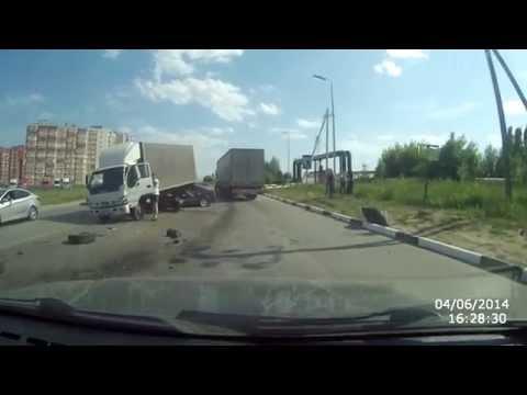 Рязань 04.06.2014, последствия ДТП, Тепличный