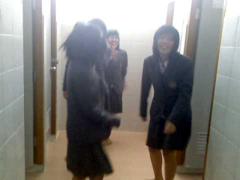 Thai Schoolgirls Go Crazy In Toilet On Reggae Music video