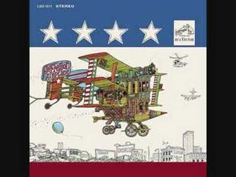 Jefferson Airplane - A Small Package of Value Will Come to You Shortly