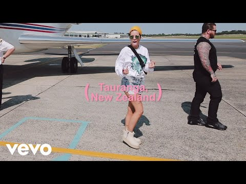Halsey - Road To Manic (Episode 7)