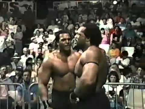 Road Warrior Animal vs Ron Simmons