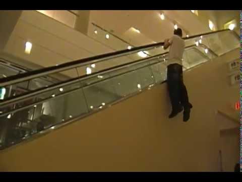 Gente - Escalando en centros comerciales