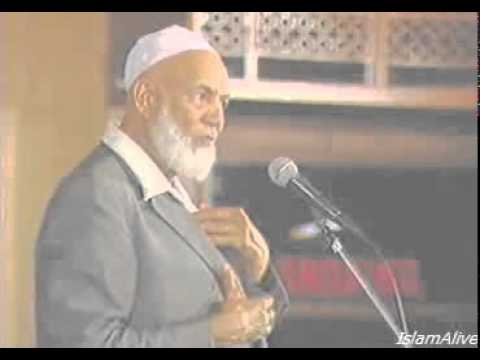 Islam & Christianity - Sheikh Ahmed Deedat In Pakistan video