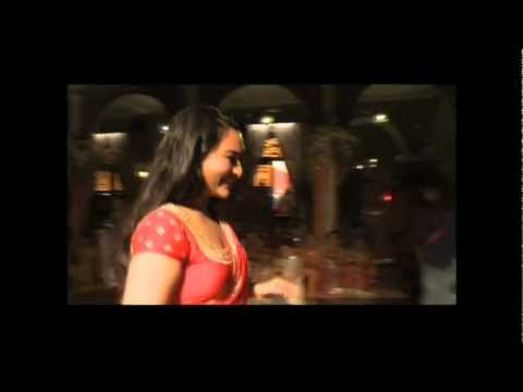 Making Of Chammak Challo - Rowdy Rathore video
