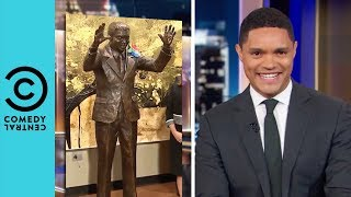 "Nelson Mandela's ""Don't Shoot"" UN Statue 