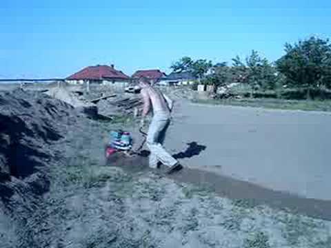 GLEBOGRYZARKA MRÓWKA - ostra jazda ;)