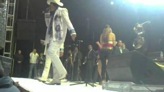 Calibre 50 Video - La Arrolladora Banda el Limón con Calibre 50 - Culiacan vs Mazatlan -  Los Reyes la Paz 08/01/2011