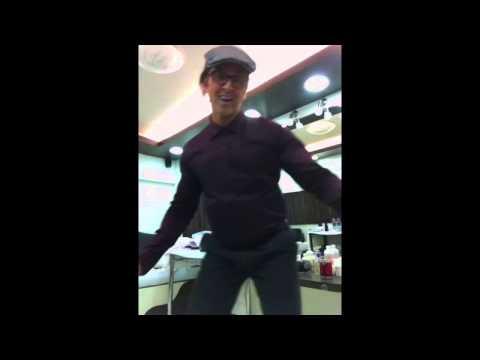 Hrithik Roshan Dance Like Shammi Kapoor video