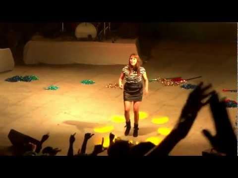 Shalmali Kholgade -- Lat Lag Gai -- LIVE @ IIITM Gwalior