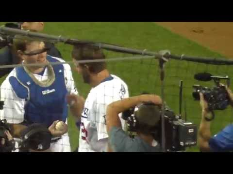 Los Angeles Dodgers-Clayton Kershaw No-hitter Celebration: Gary G. IVNews