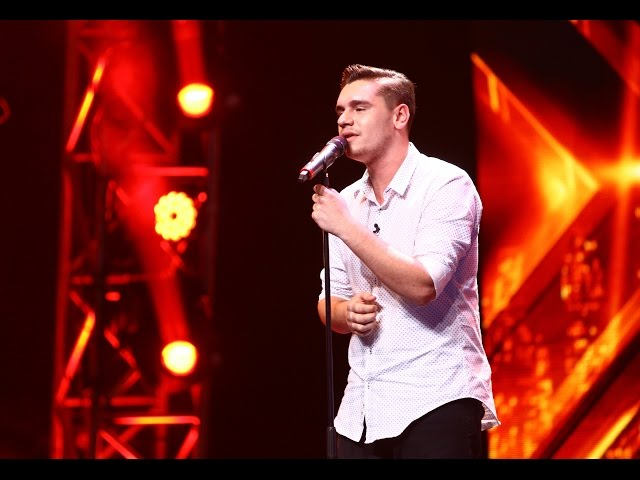 "Bonnie Raitt - ""I Can't Make You Love Me"". Vezi interpretarea lui Paul Batinaş, la X Factor!"