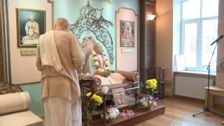2014.04.30. Deities Greeting, Guru Puja HG Sankarshan Das Adhikari, Riga, Latvia