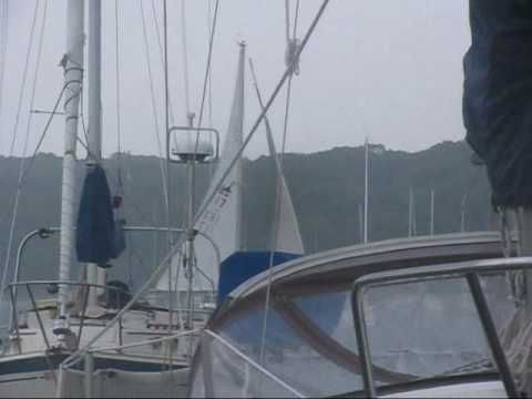 heavy weather sailing Catalina 22 C22 extreme sail on Courageous Cat ...