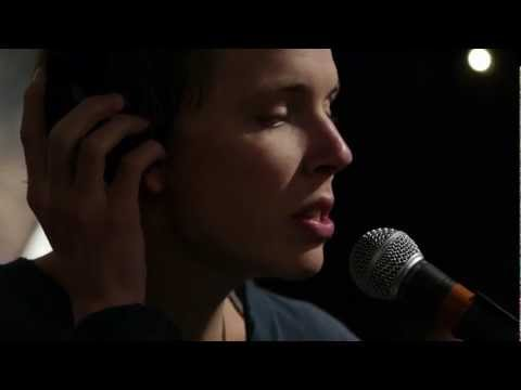 Pond - When It Explodes (Live on KEXP)