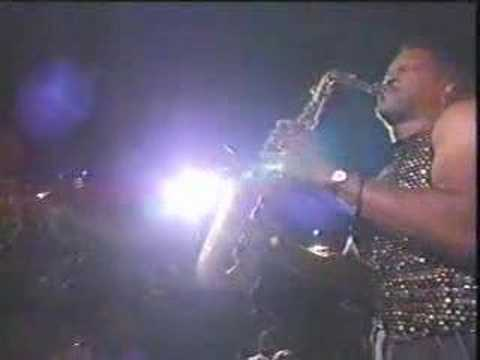 Instrumental on alto sax-