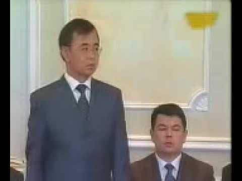Зарплаты в Казахстане - Назарбаев их атата