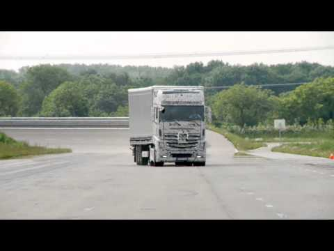 The New Mercedes Actros 'Dynamic  Stability' demonstration!