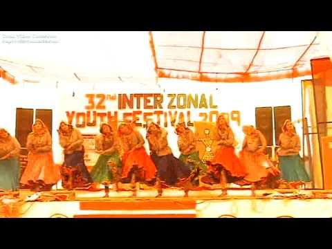 Haryanvi Folk Dance Perform By D A V Girls College Yamunanagar, Choreograph By Parkesh Malik video
