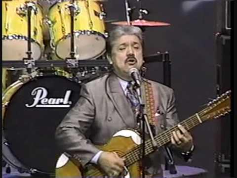 Conjunto Bernal en el Show de Johnny Canales Musica Cristiana 1994.wmv