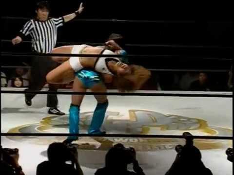 Dark Angel (Sarah Stock) vs. Kyoko Kimura