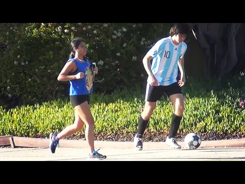 Lionel Leo Messi Picking Up Girls (Football / Soccer)
