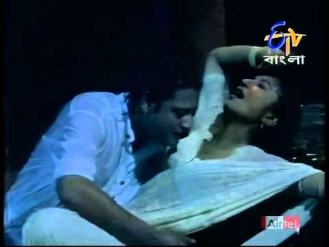 Debashree Roy Navel Rain Song video