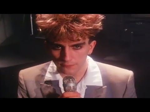 Fun Boy Three - Tunnel Of Love (Official Video)