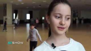 Reportaj AISHOW: Familia interpretei Aura