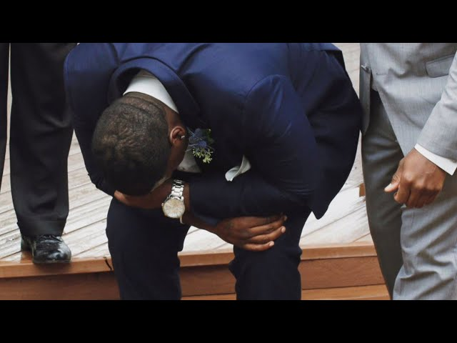 Groom Drops to His Knees And Cries Seeing Bride Walk Down The Aisle