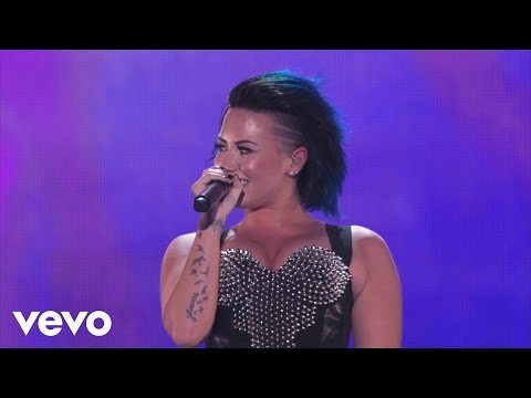 Demi Lovato, Iggy Azalea - Certified SuperFanFest (Full Version)