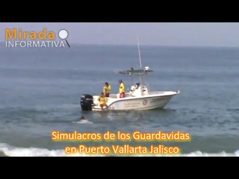 Simulacros de los Guardavidas de Puerto Vallarta exhiben su habilidades y tecnicas de rescate