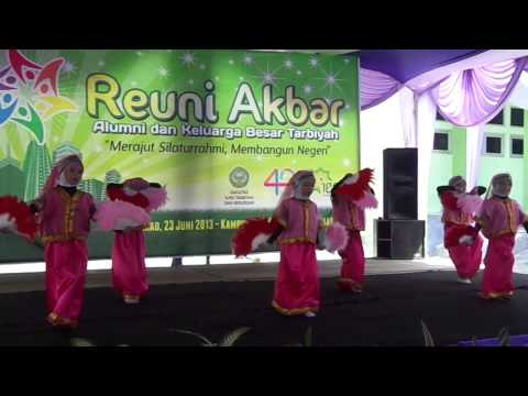 The Best Dance By Nabila (tari Angin Mamiri) video