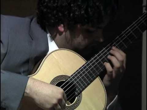 Vicente Coves plays La Paloma